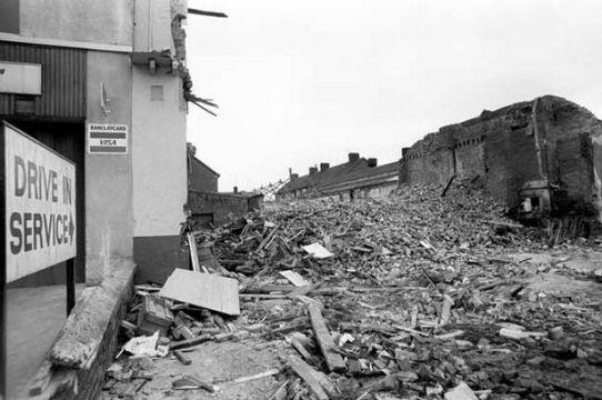 Η επόμενη μέρα μετά τις ταραχές στο Liverpool το 1981.